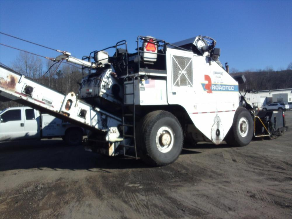 Detail photo of 2004 Roadtec SB-2500C from Construction Equipment Guide