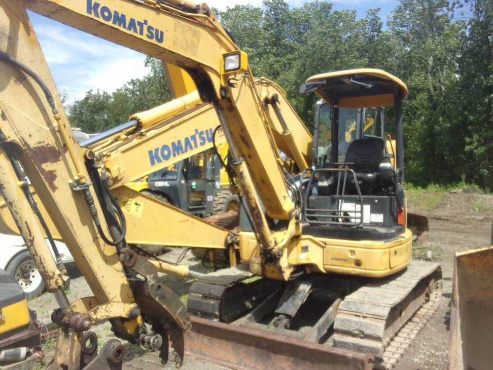 Detail photo of 2007 Komatsu PC50MR-2 from Construction Equipment Guide