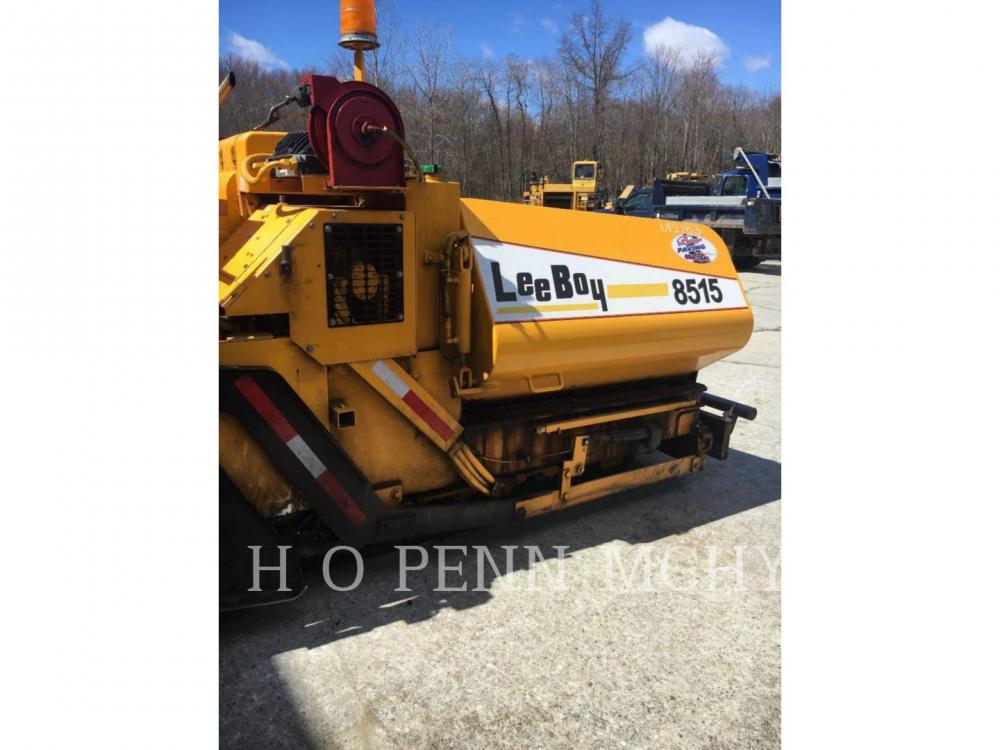 Detail photo of 2006 LeeBoy 8515 from Construction Equipment Guide