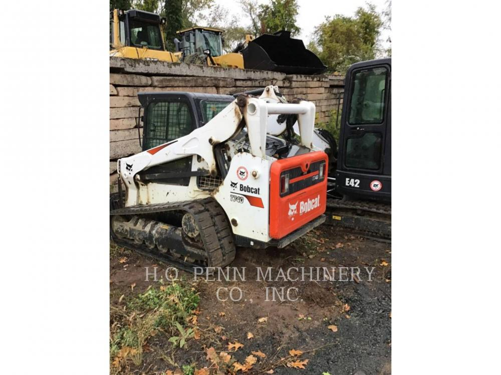 Detail photo of 2019 Bobcat T740 from Construction Equipment Guide