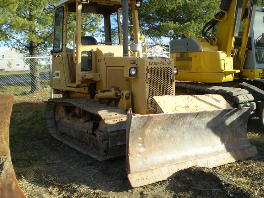 Detail photo of  Caterpillar D3B from Construction Equipment Guide