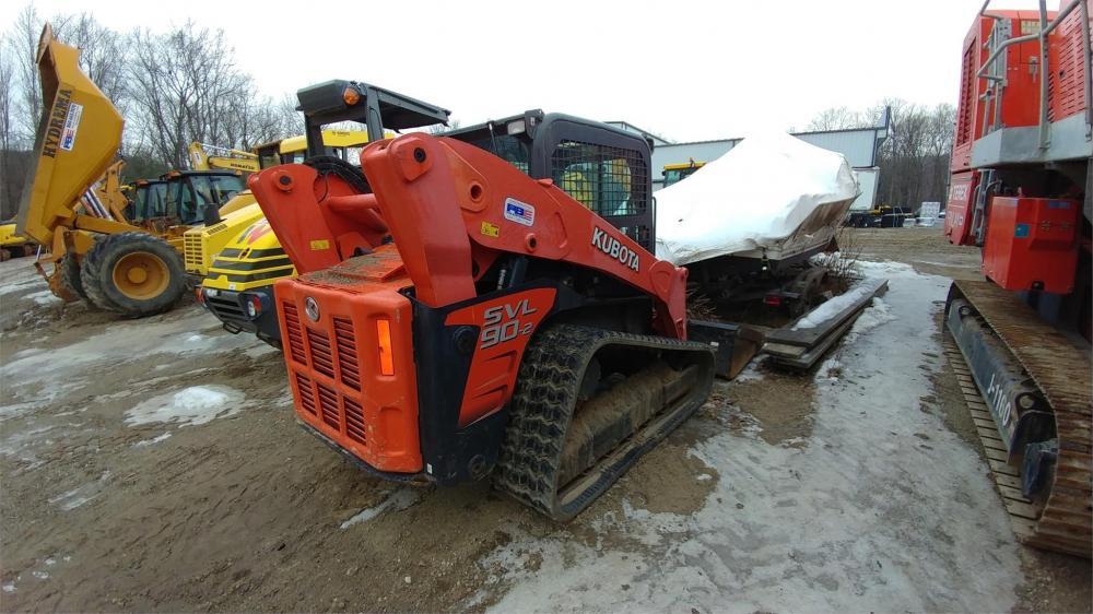 Detail photo of 2014 Kubota SVL90-2 from Construction Equipment Guide