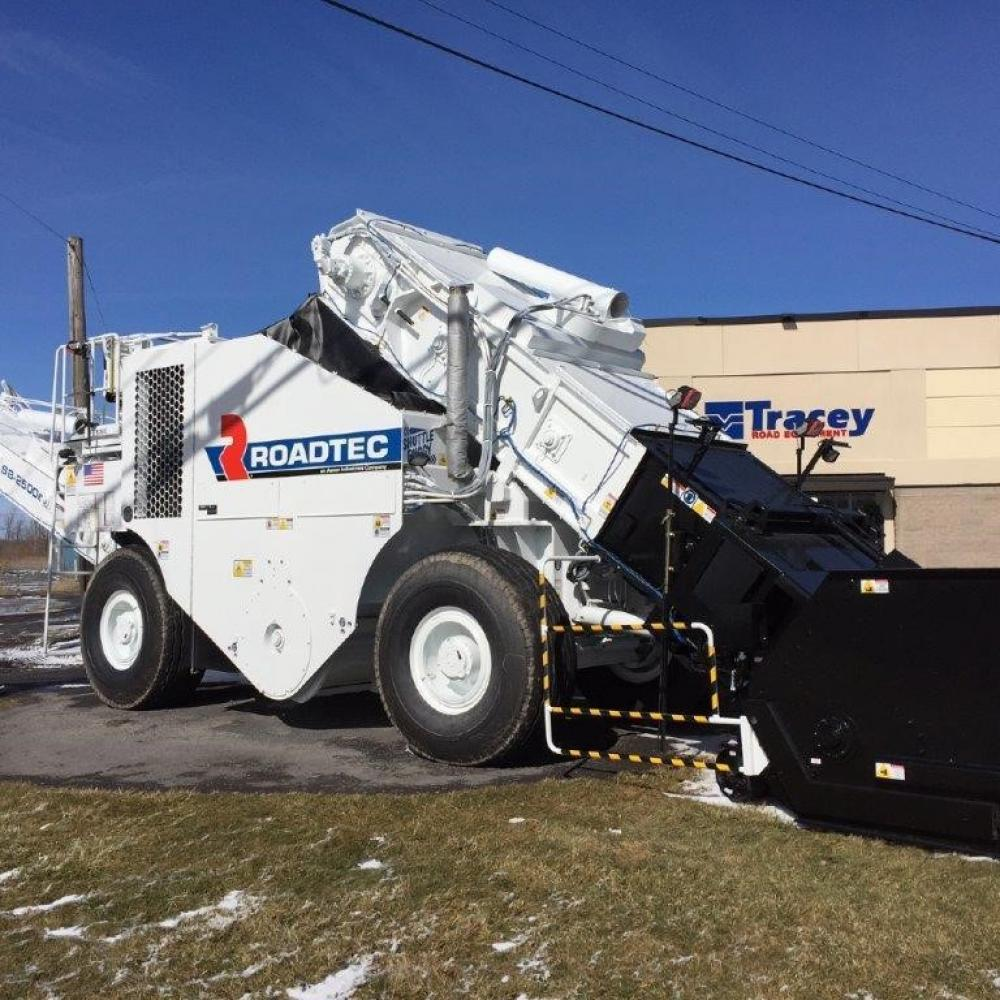 Detail photo of 2016 Roadtec SB-2500E from Construction Equipment Guide