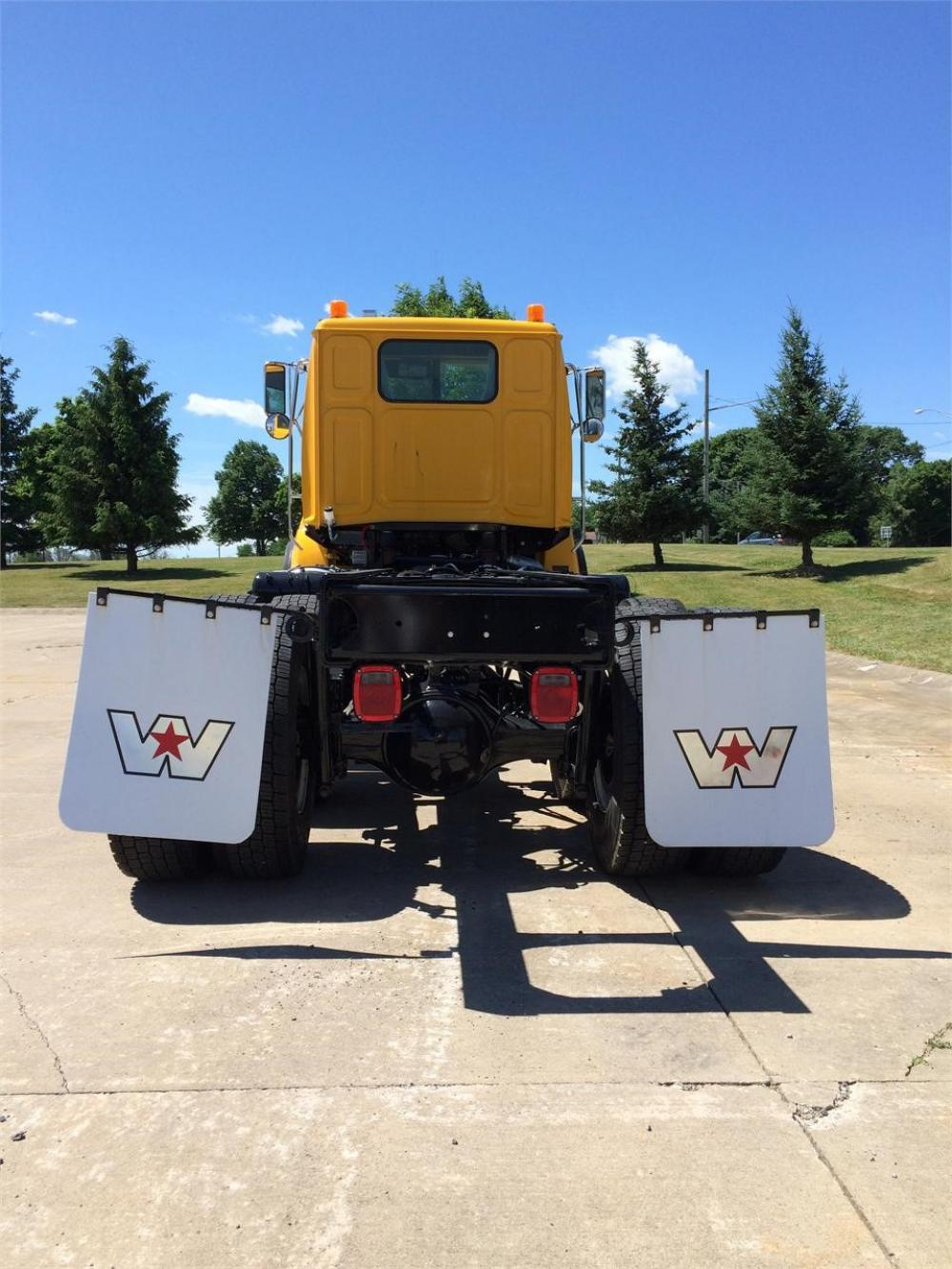 Detail photo of 2017 Western Star 4800 from Construction Equipment Guide