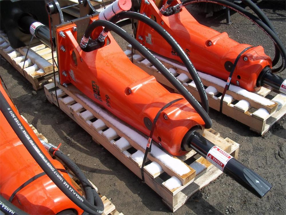 Detail photo of 2014 Rammer 999 from Construction Equipment Guide