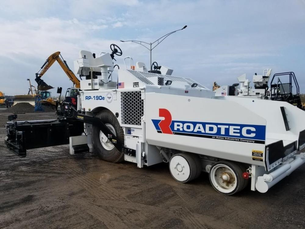 Detail photo of 2017 Roadtec RP-190E from Construction Equipment Guide