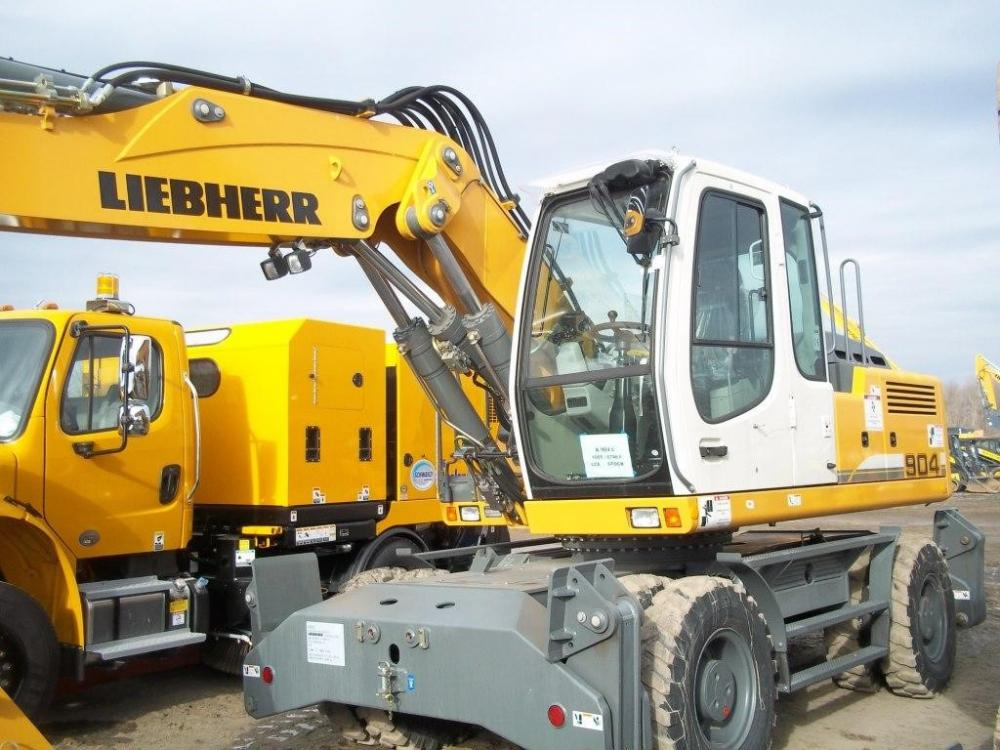 Detail photo of 2013 Liebherr A904C LITRONIC from Construction Equipment Guide