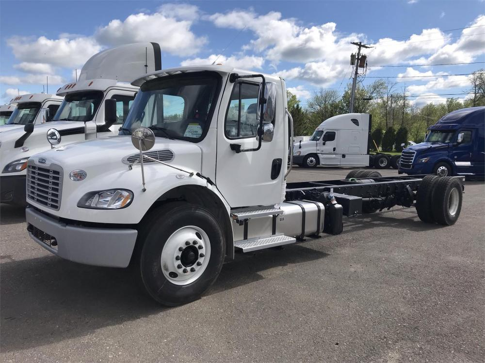 Detail photo of 2020 FREIGHTLINER BUSINESS CLASS M2 106 from Construction Equipment Guide