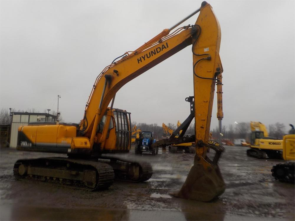 Detail photo of 2009 Hyundai ROBEX 210 LC-9 from Construction Equipment Guide