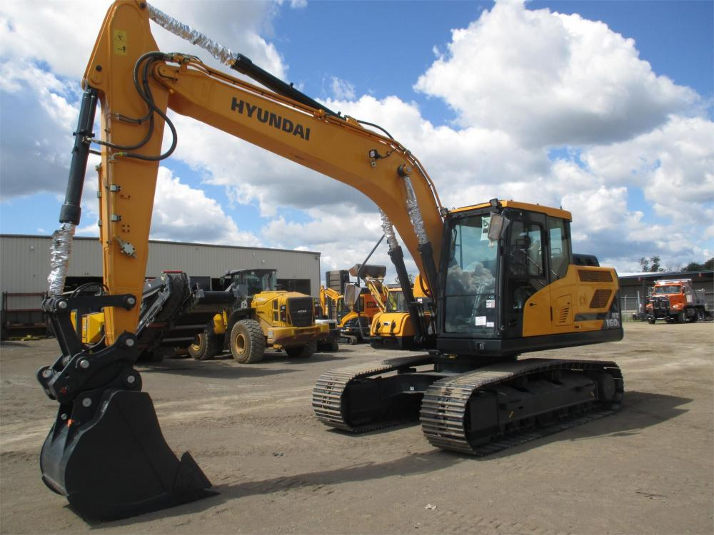 Detail photo of 2016 Hyundai ROBEX 160 from Construction Equipment Guide