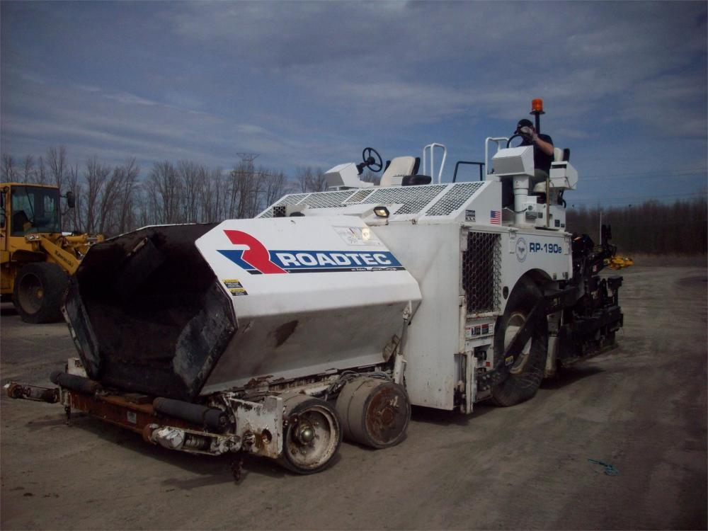 Detail photo of 2017 Roadtec RP-190 from Construction Equipment Guide