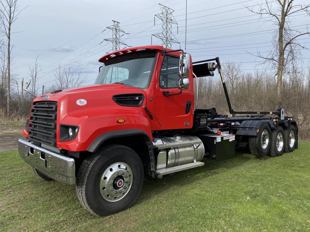 Detail photo of 2020 FREIGHTLINER 114SD from Construction Equipment Guide