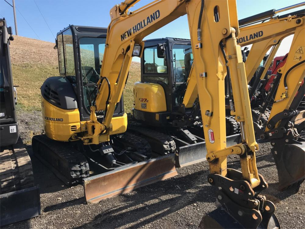 Detail photo of 2017 New Holland E30B from Construction Equipment Guide
