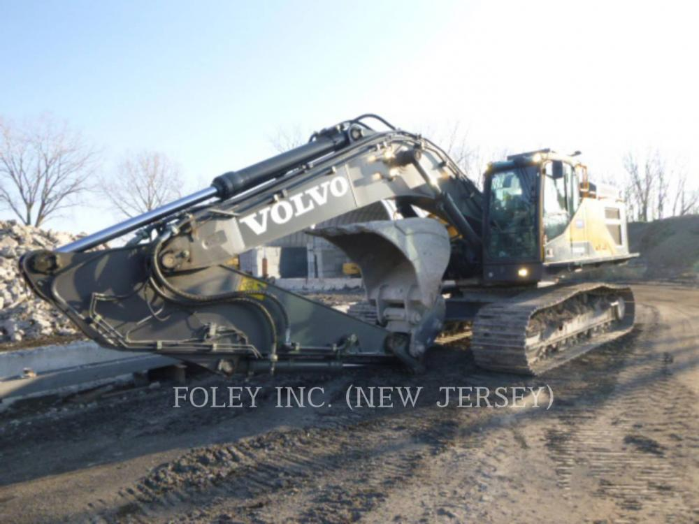Detail photo of 2015 Volvo EC350EL from Construction Equipment Guide