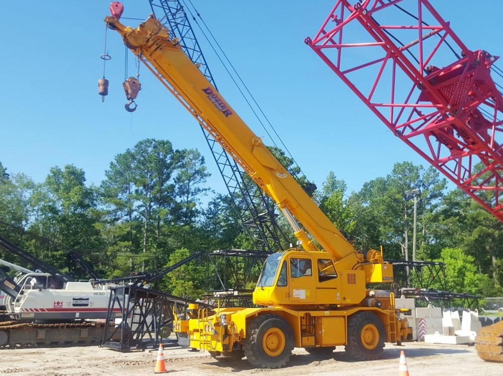 Detail photo of 2007 Tadano TR-300XL-4 from Construction Equipment Guide