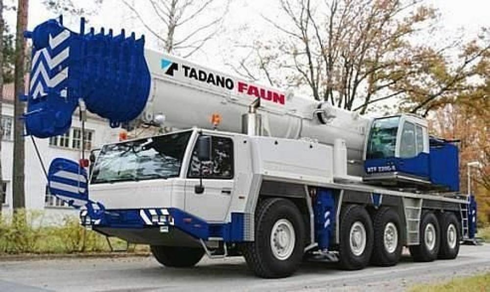 Detail photo of 2017 Tadano ATF-220G-5 from Construction Equipment Guide