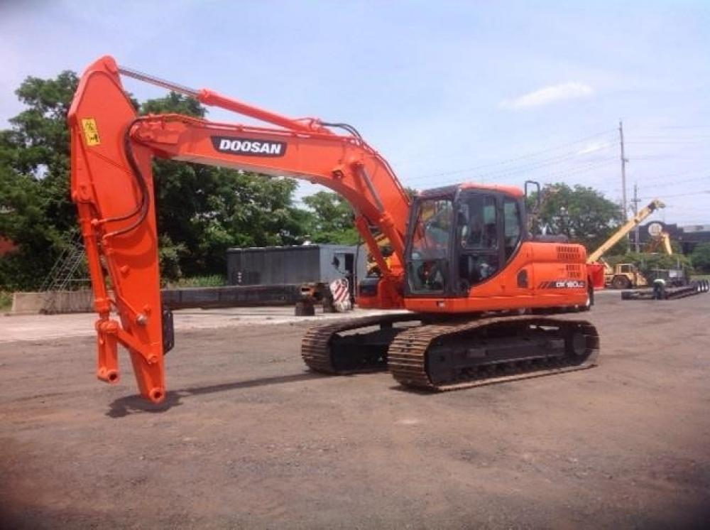 Detail photo of 2014 Doosan DX180LC-3 from Construction Equipment Guide