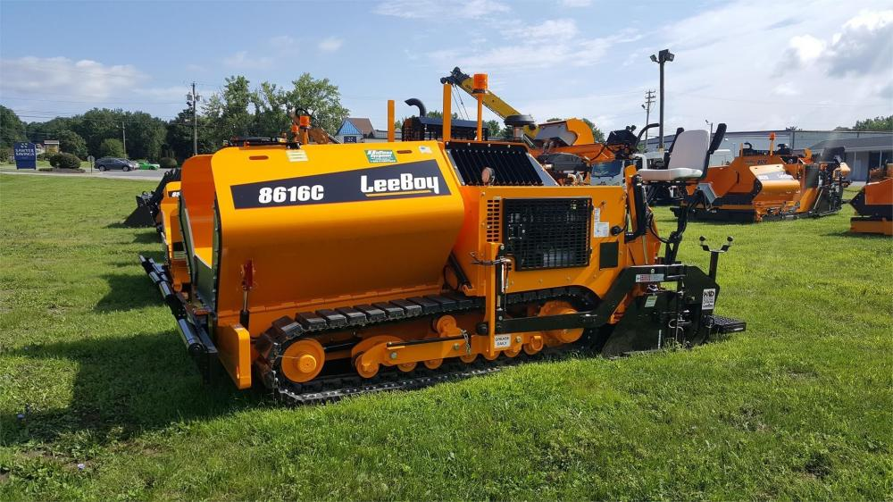 Detail photo of 2018 LeeBoy 8616C from Construction Equipment Guide
