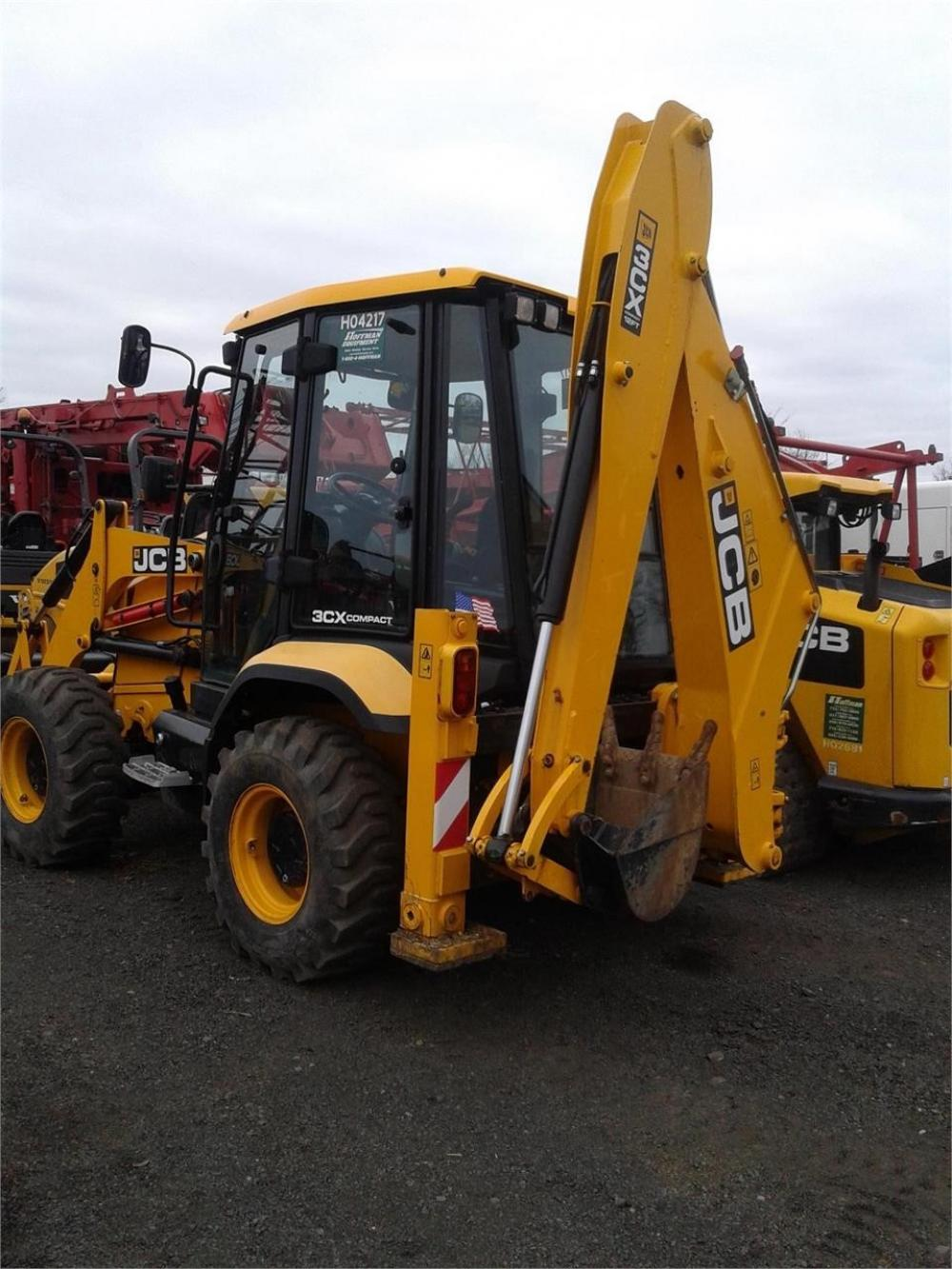 Detail photo of 2017 JCB 3CX 12 from Construction Equipment Guide
