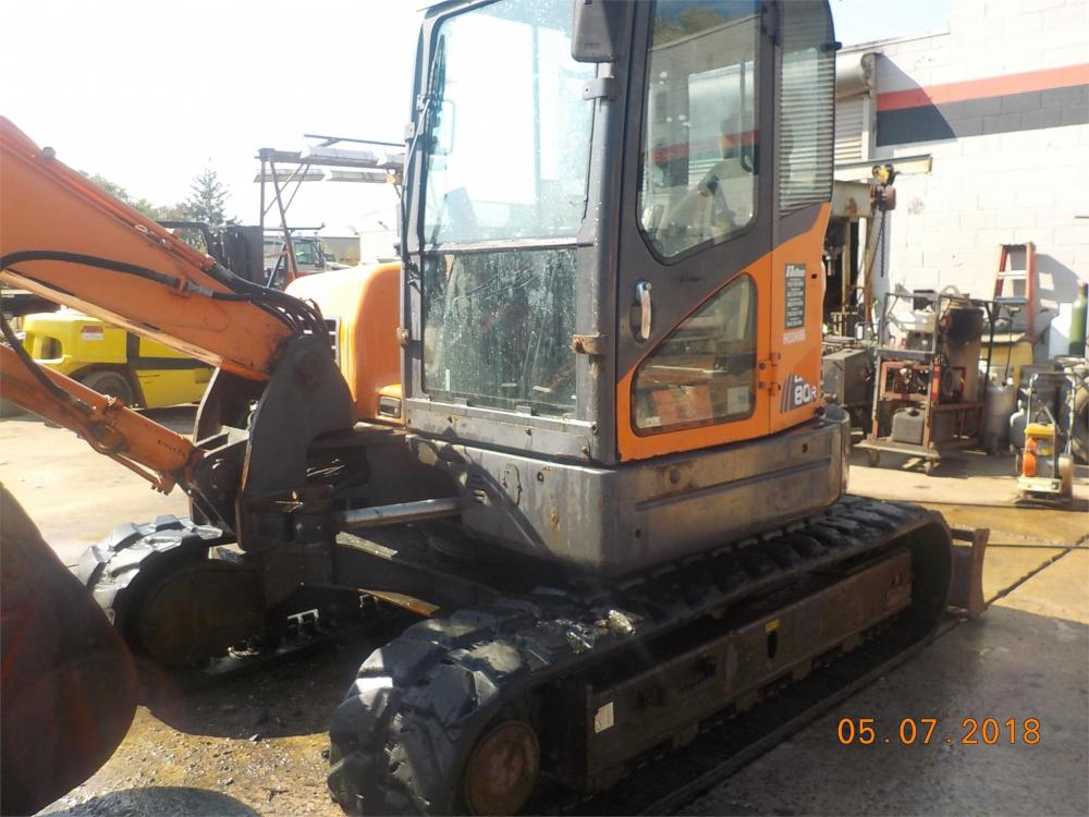 Detail photo of 2010 Doosan DX80R from Construction Equipment Guide