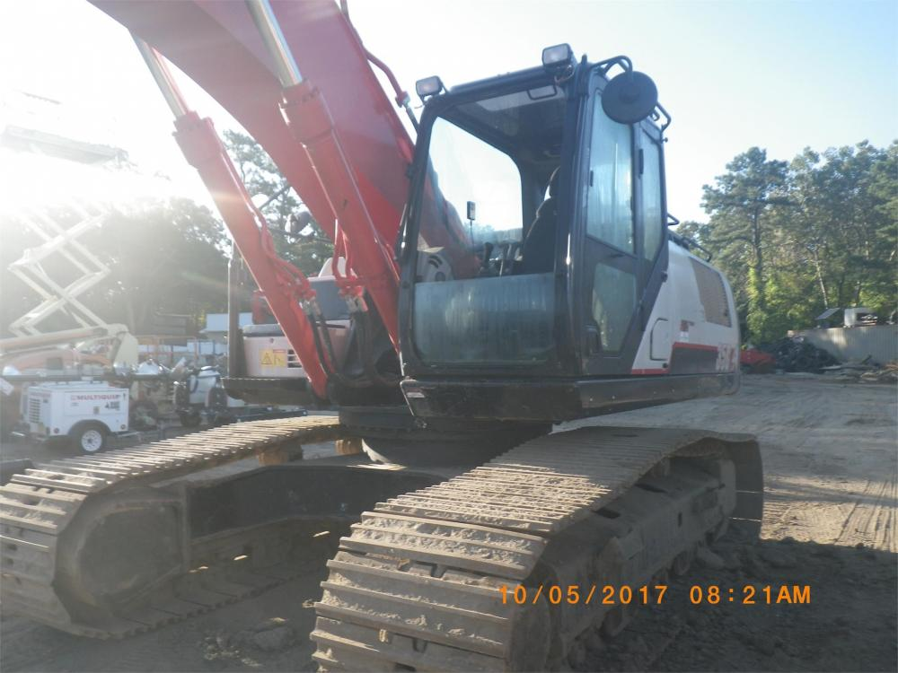 Detail photo of 2015 Link-Belt 350 X4 from Construction Equipment Guide