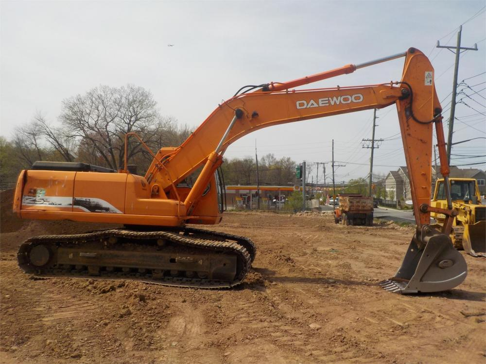 Detail photo of 2003 Daewoo SOLAR 255LC V from Construction Equipment Guide