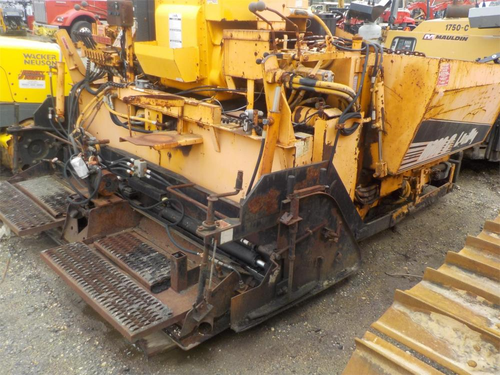 Detail photo of 1998 LeeBoy L8000T from Construction Equipment Guide