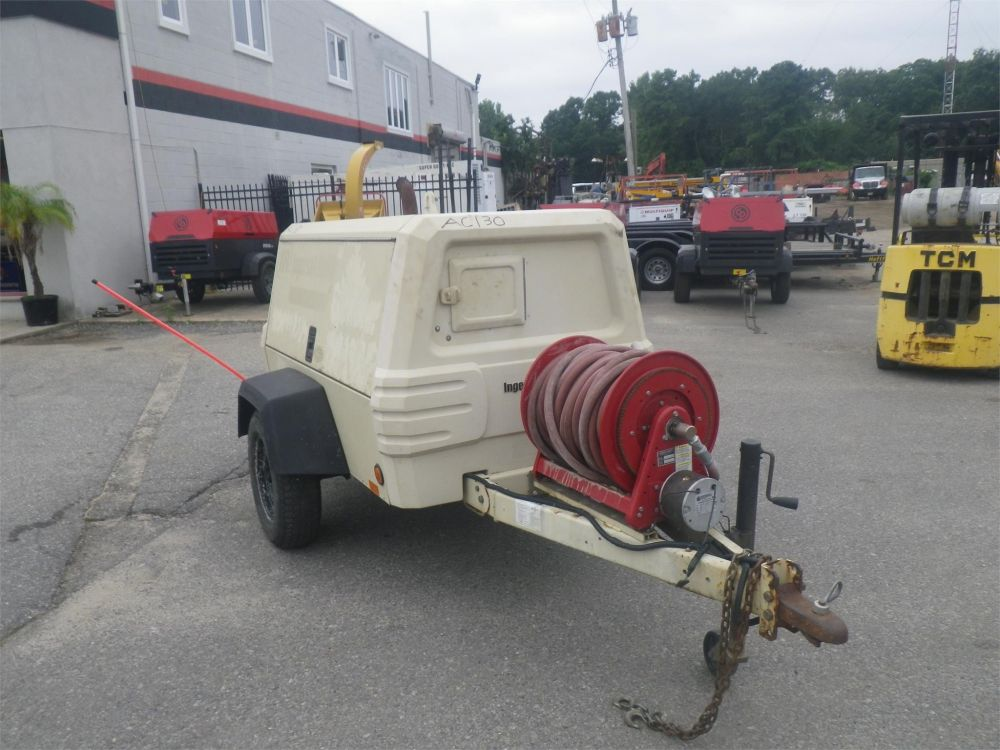 Detail photo of 2003 Ingersoll Rand P185WJD from Construction Equipment Guide