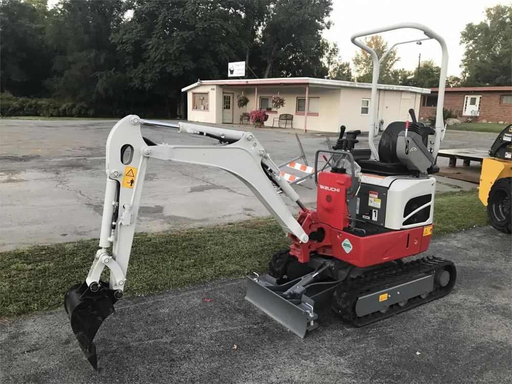 Detail photo of  Takeuchi TB210R from Construction Equipment Guide