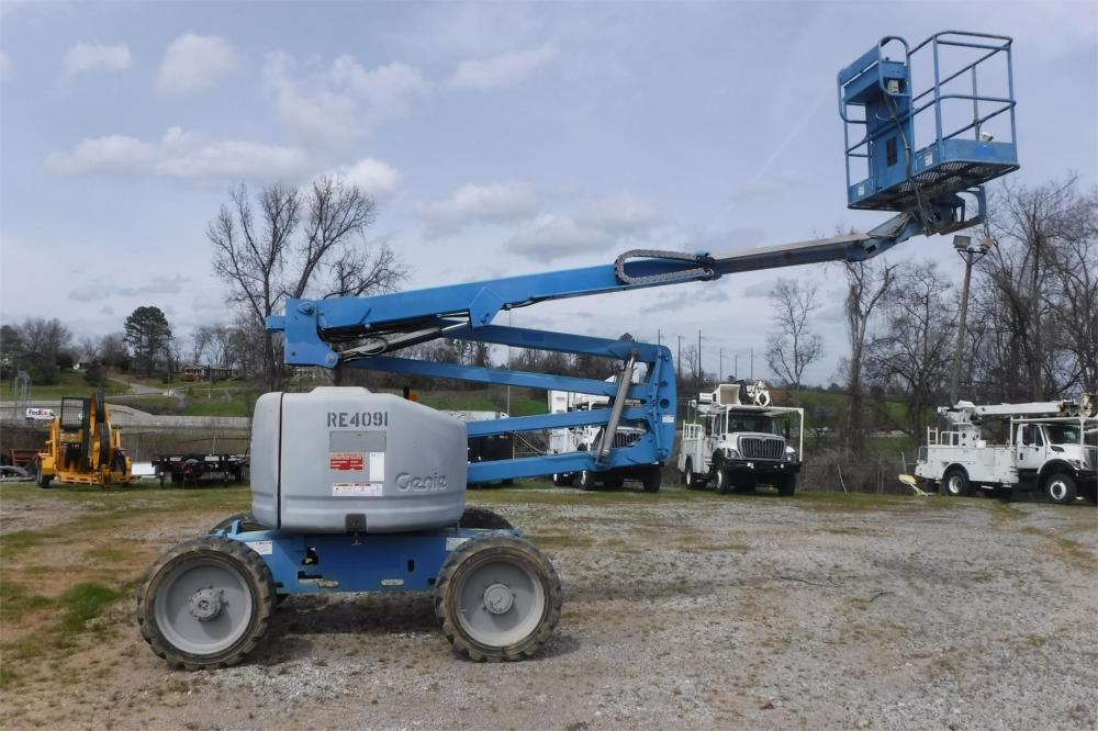 Detail photo of 2011 Genie Z-45/25RT from Construction Equipment Guide