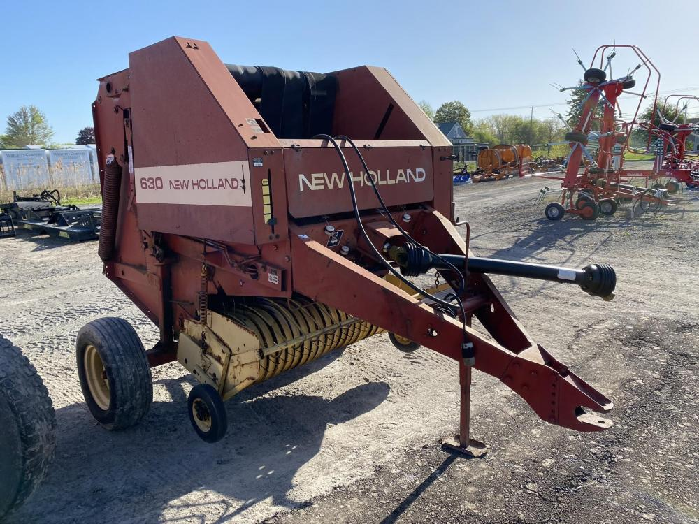 Detail photo of 1994 New Holland 630 from Construction Equipment Guide