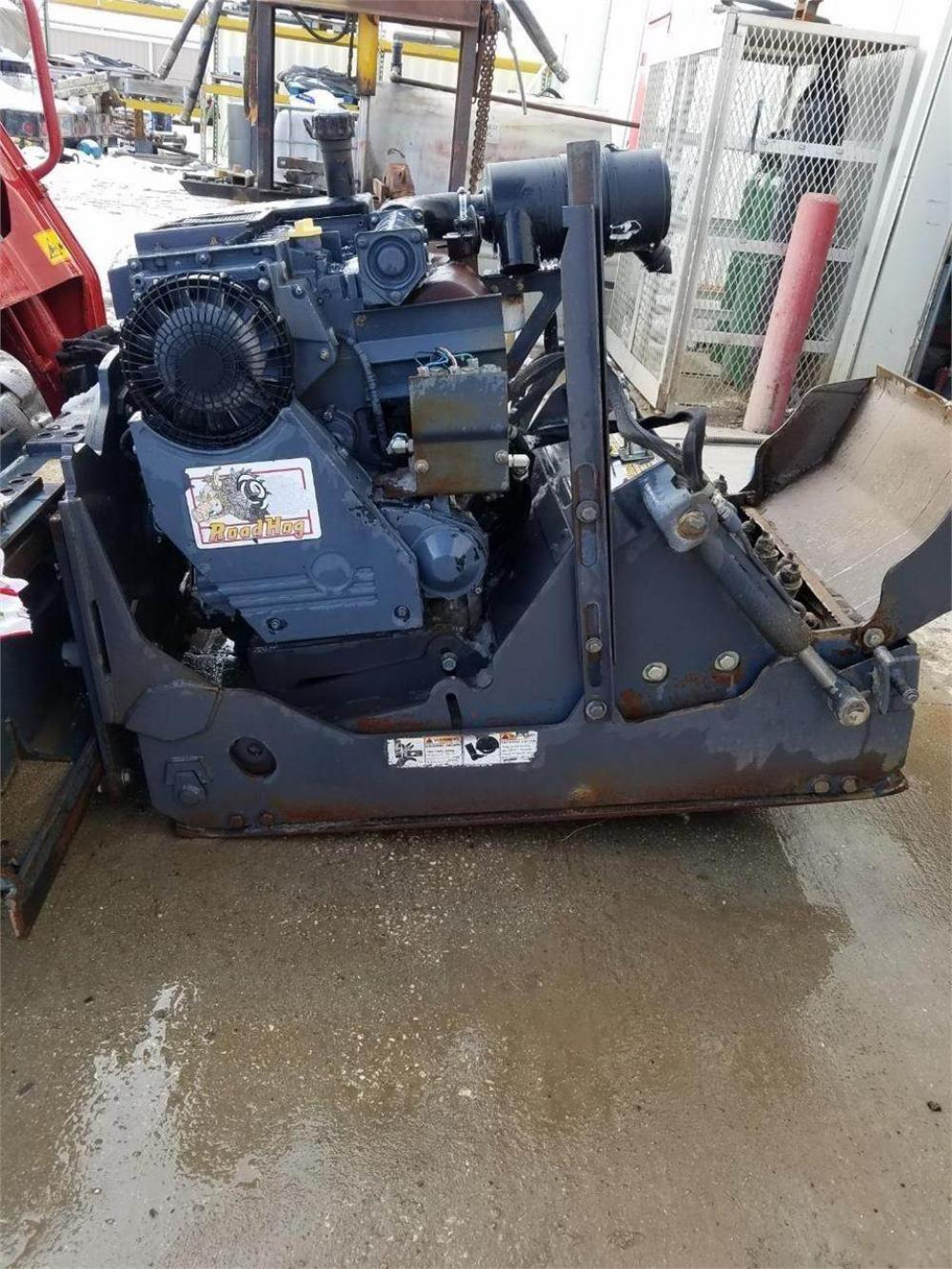 Detail photo of 2011 Zanetis 2450 ROAD HOG from Construction Equipment Guide
