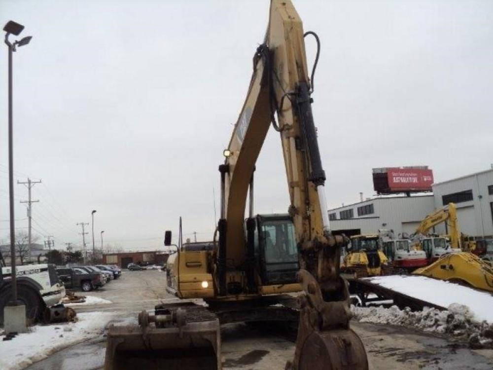Detail photo of 2007 Caterpillar 324DL from Construction Equipment Guide