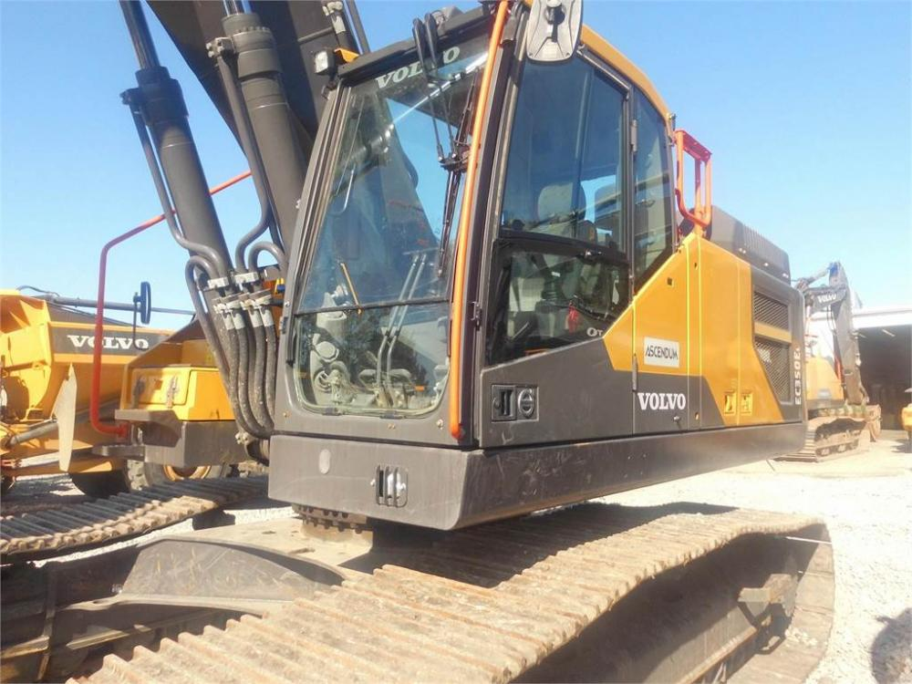 Detail photo of 2018 Volvo EC350EL from Construction Equipment Guide