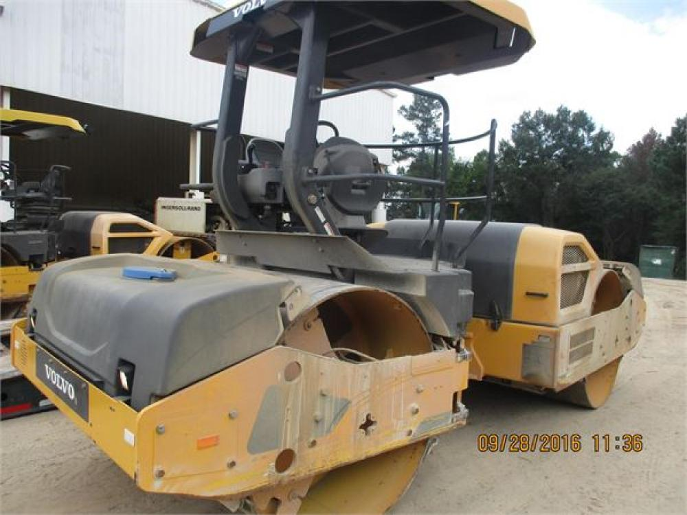 Detail photo of 2013 Volvo DD120B from Construction Equipment Guide