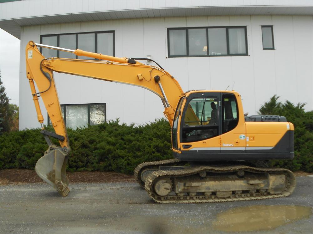Detail photo of 2010 Hyundai ROBEX 180 LC-9 from Construction Equipment Guide