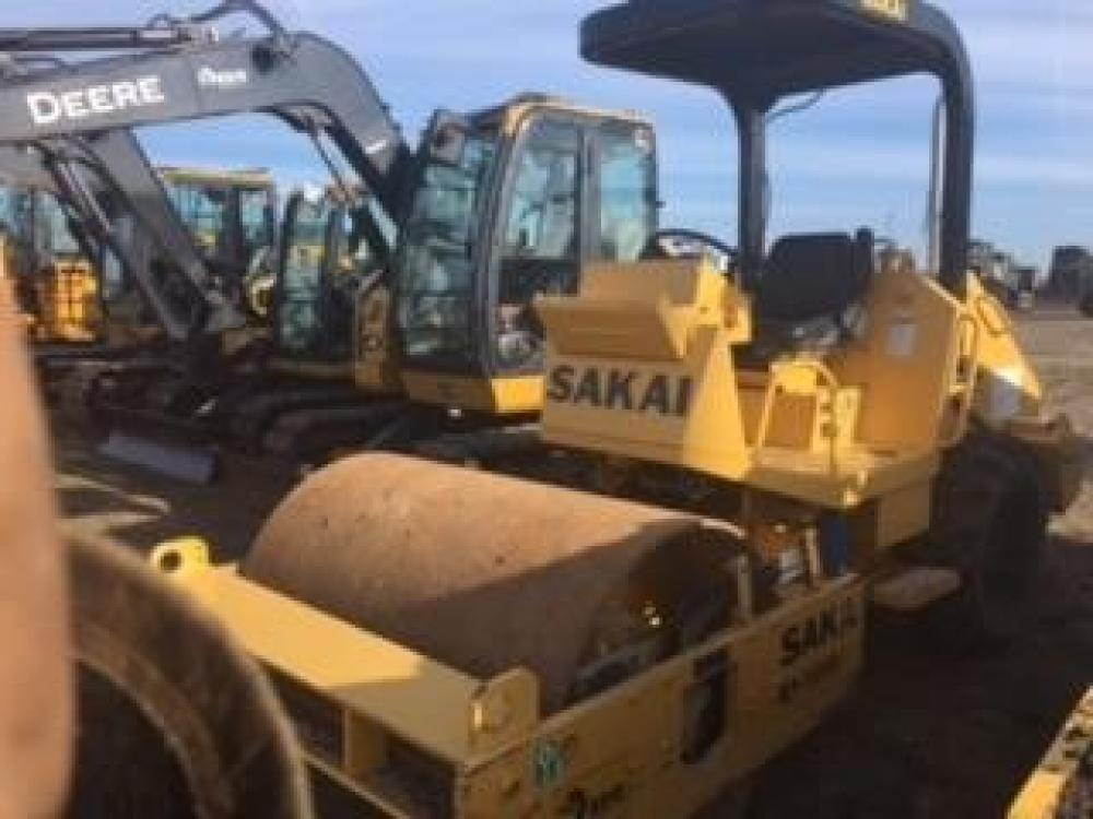 Detail photo of 2015 Sakai SV201D from Construction Equipment Guide