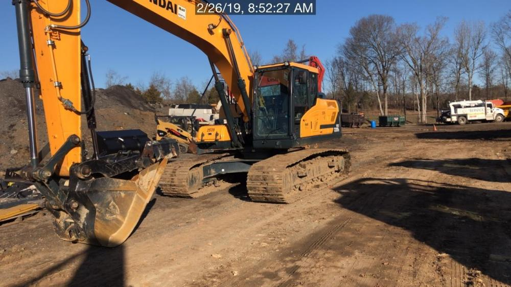 Detail photo of 2018 Hyundai HX220L from Construction Equipment Guide