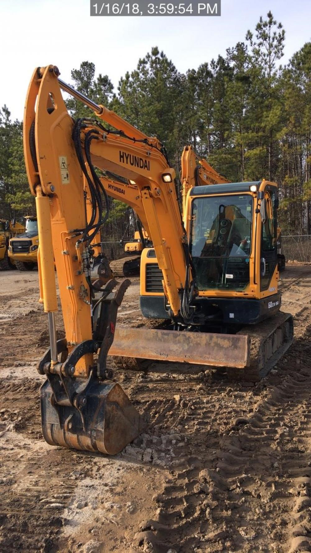 Detail photo of 2015 Hyundai ROBEX 60CR-9A from Construction Equipment Guide