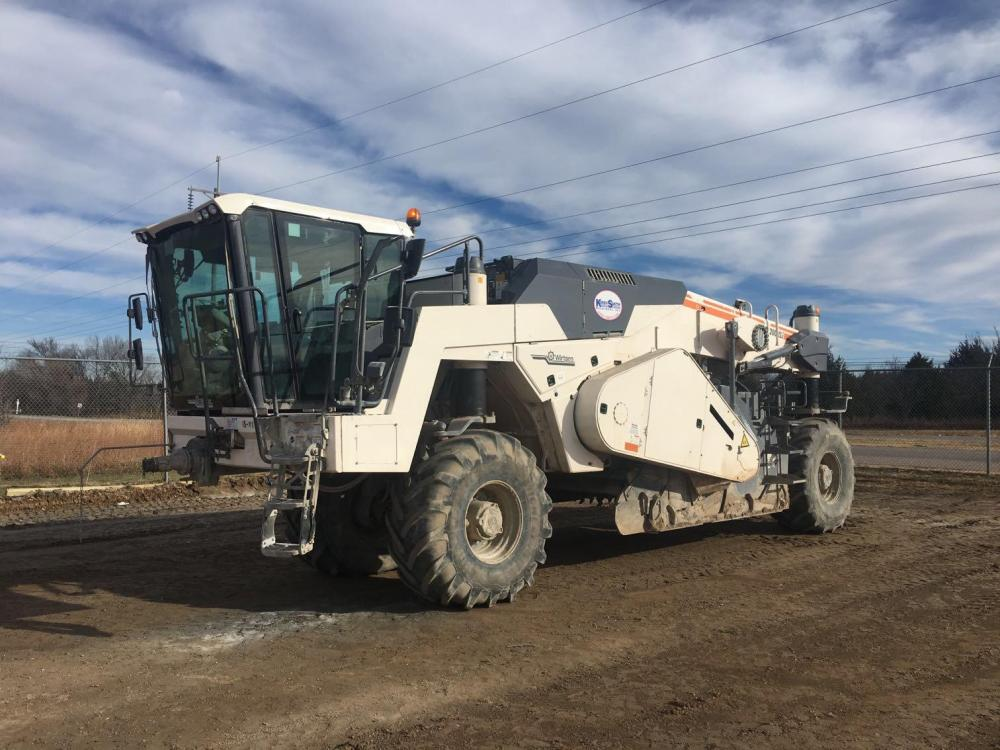 Detail photo of 2015 Wirtgen  WR200XLI from Construction Equipment Guide