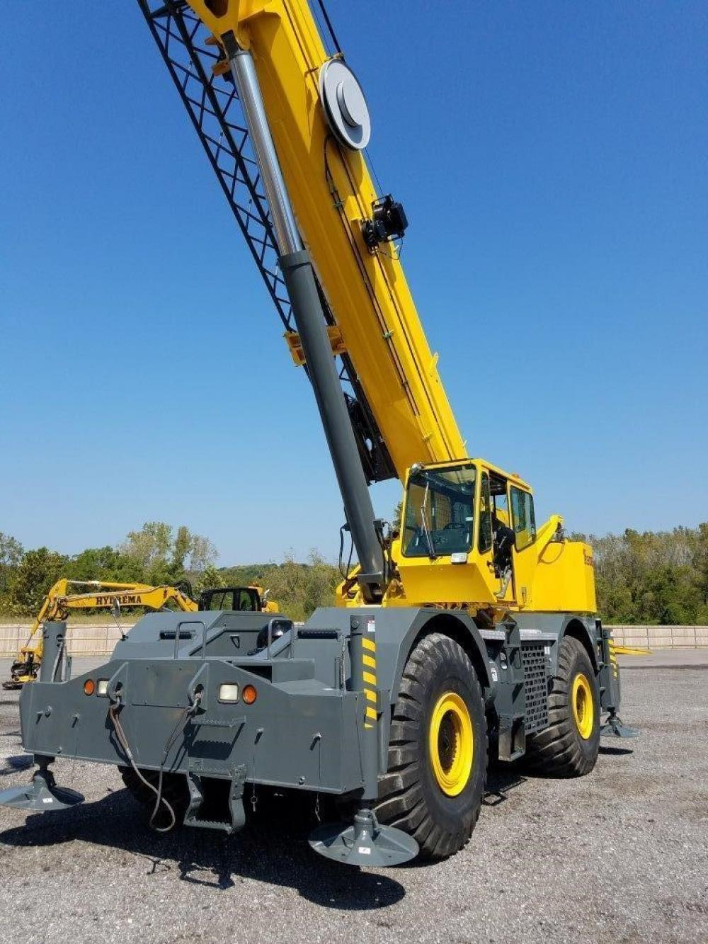 Detail photo of 2006 Grove RT890E from Construction Equipment Guide