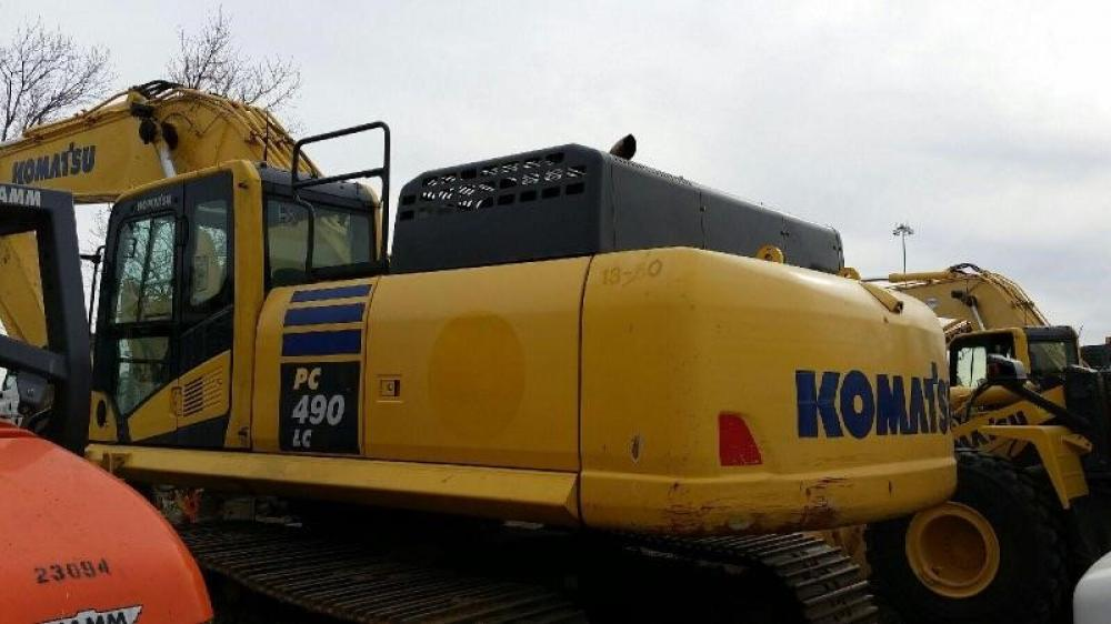 Detail photo of 2013 Komatsu PC490LC-10 from Construction Equipment Guide