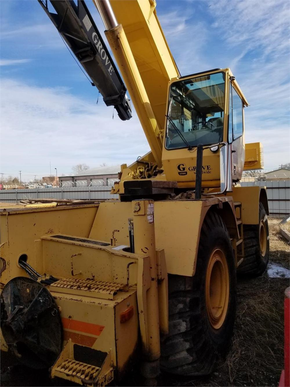 Detail photo of 1997 Grove RT635 from Construction Equipment Guide