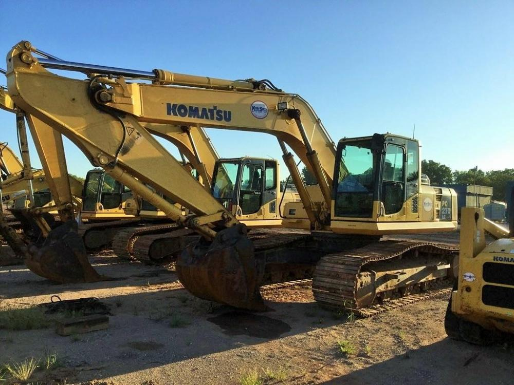 Detail photo of 2011 Komatsu PC270LC-8 from Construction Equipment Guide
