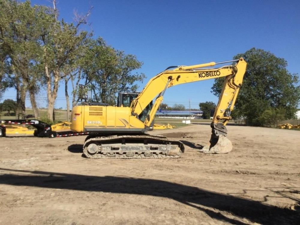 Detail photo of 2016 Kobelco SK210 LC-9 from Construction Equipment Guide