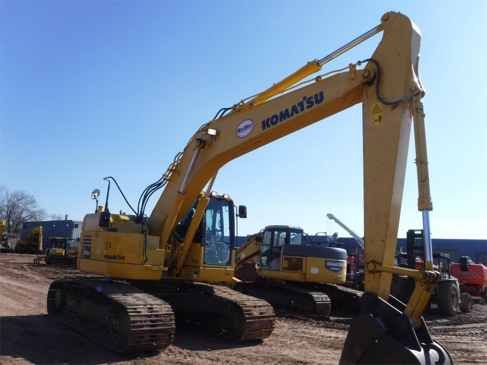Detail photo of 2012 Komatsu PC228USLC-8 from Construction Equipment Guide