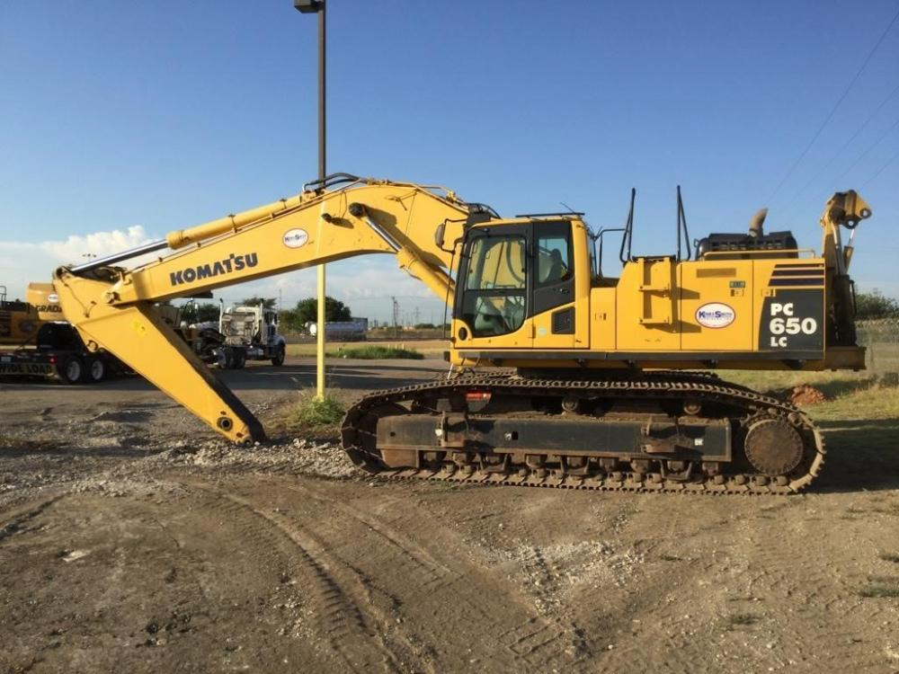 Detail photo of 2015 Komatsu PC650LC-8 from Construction Equipment Guide