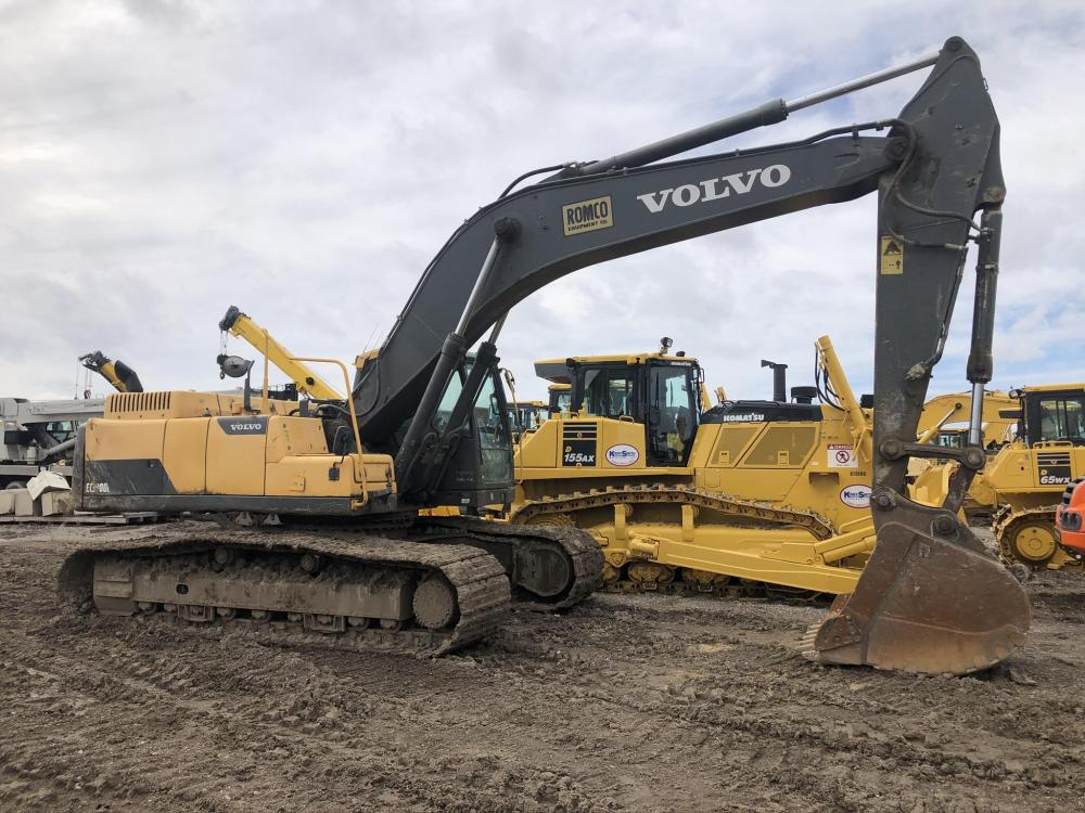 Detail photo of 2013 Volvo EC300D from Construction Equipment Guide