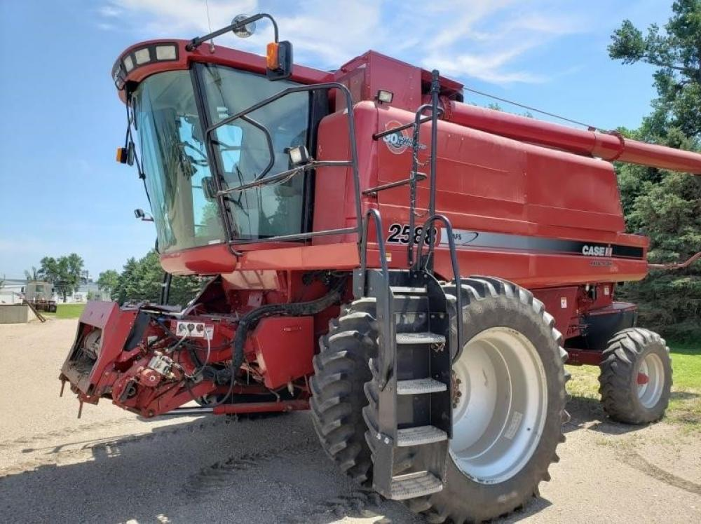 Detail photo of 2007 Case IH 2588 from Construction Equipment Guide