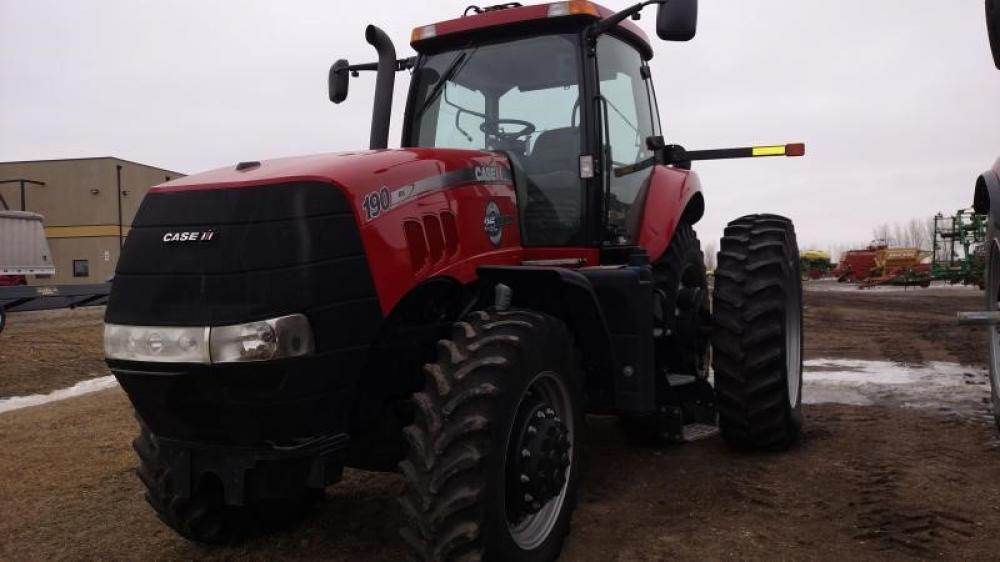 Detail photo of 2013 Case IH MAGNUM 190 from Construction Equipment Guide